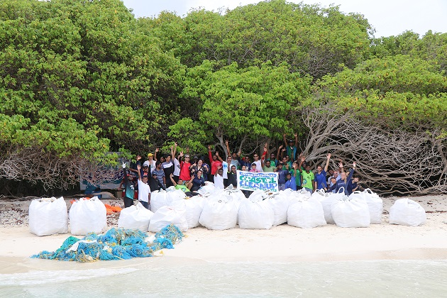 JA Manafaru Maldves Hosts Island Clean Up.jpg